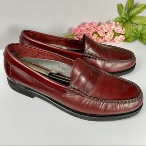 ROCKPORT classic burgundy penny loafers 11M